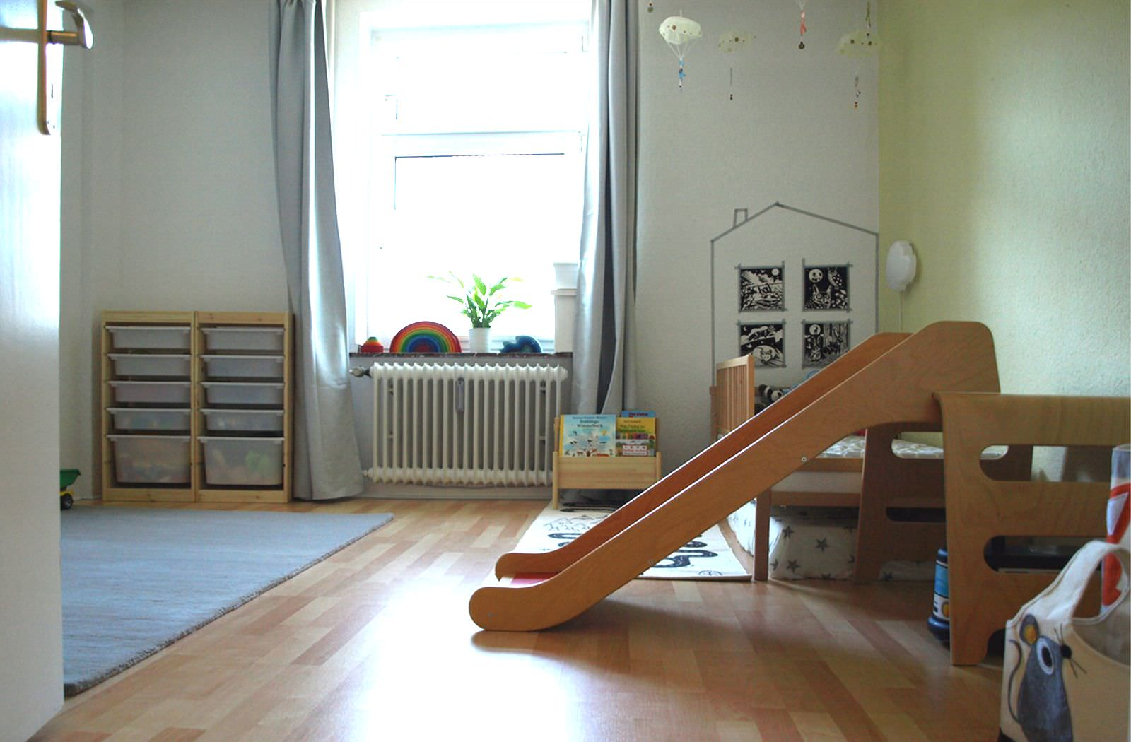 michels kinderzimmer mit 24 monaten montiminis. Black Bedroom Furniture Sets. Home Design Ideas