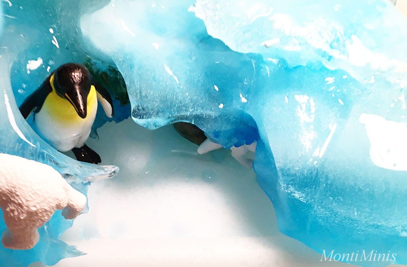 Spielidee Polartiere Gletscher Eis Spieleinladung Sensoryplay Spielanregung Leben mit Kindern Montessori | MontiMinis