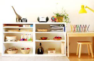 Michels Montessori Regal mit 2,5 Jahren Montessori zu Hause Kleinkind Leben mit Kindern Spielzeug | MontiMinis.com