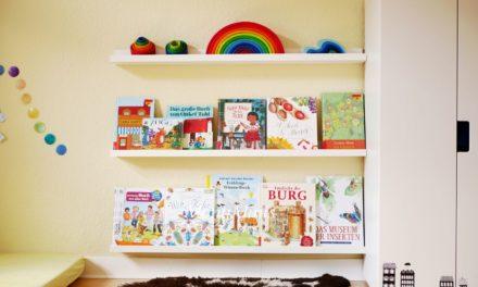 Auf unseren Bücherregalen & Büchertipps (April 2018)