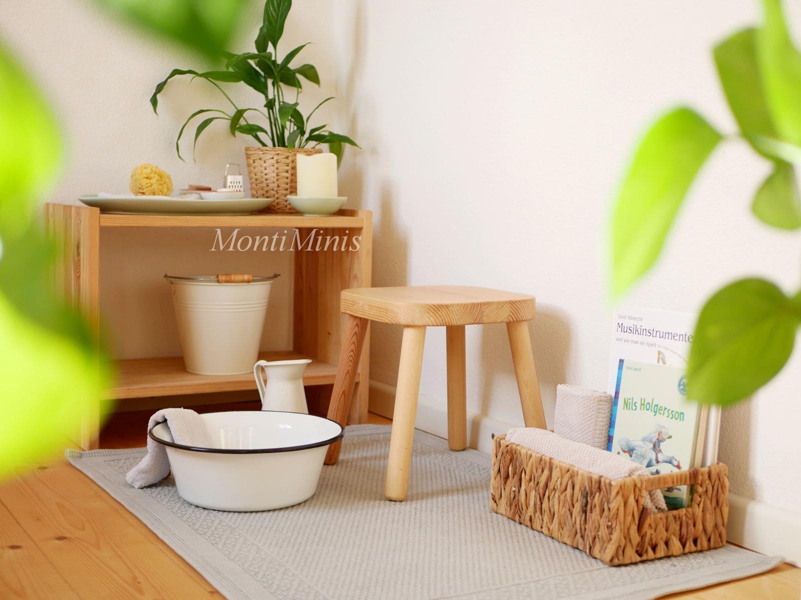Ein Fußbad-Bereich für Kinder zum Aufwärmen und Entspannen (Montessori zu Hause)