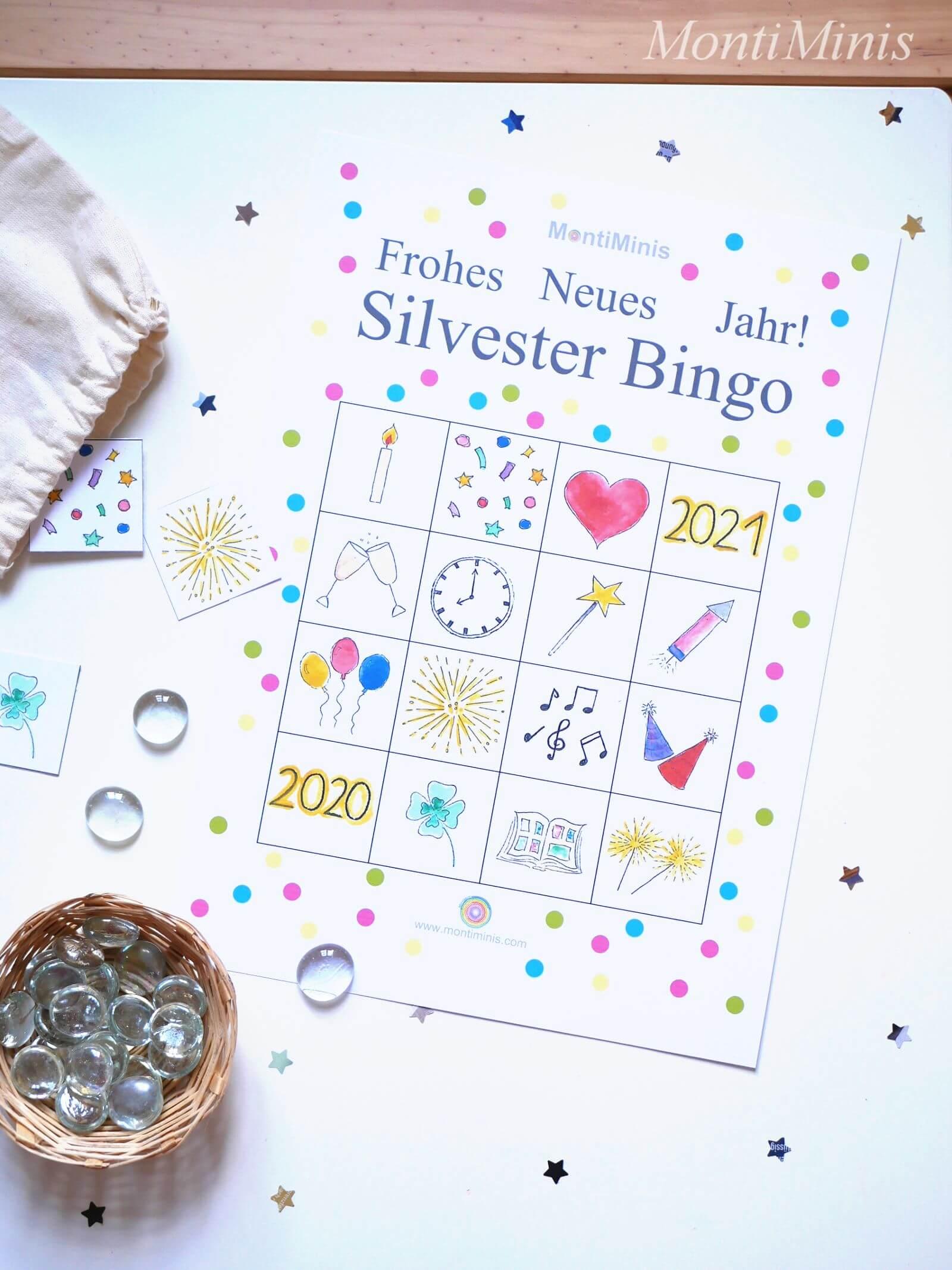 Silvester Countdown Tüten für Kinder - Montiminis Silvester Paket Kostenloser Download - Gratis Druckvorlage, Silvester Bingo, Kinderbingo, Silvester Spielideen - MontiMinis.com